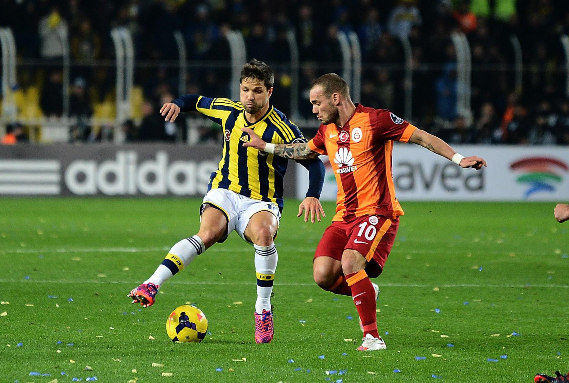Fenerbahçe-Galatasaray maçı ne zaman, saat kaçta, nerede oynanacak ve hangi kanaldan yayınlanacak.